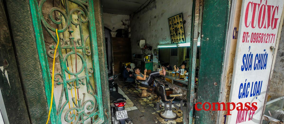 Walking Hanoi - Part 2 - Old Quarter to the French Quarter