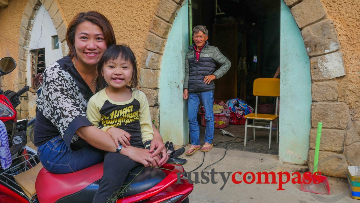 One of the last families - The old Franciscan Mission, Dalat