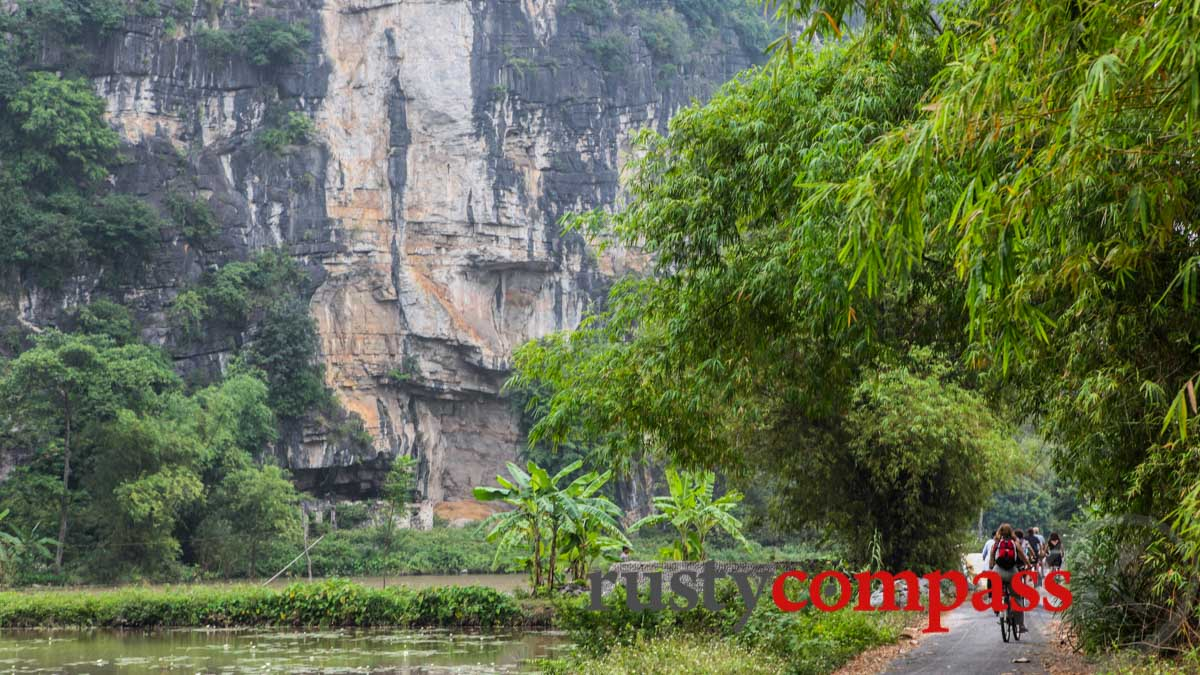 Ninh Binh, less than 100 kms south of Hanoi is perfect place for relaxed cycling.