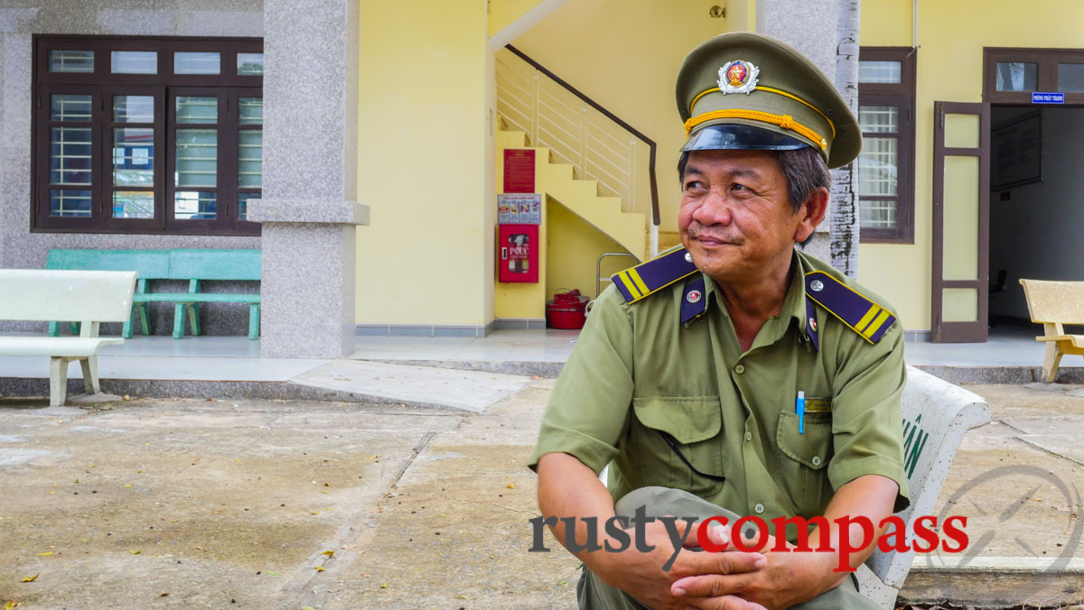 Station attendant, Phan Thiet