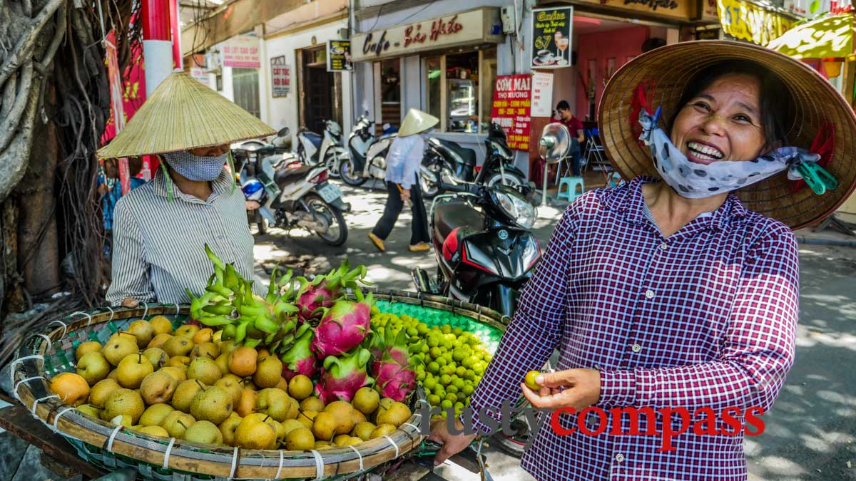 Fruit sellers - Hanoi