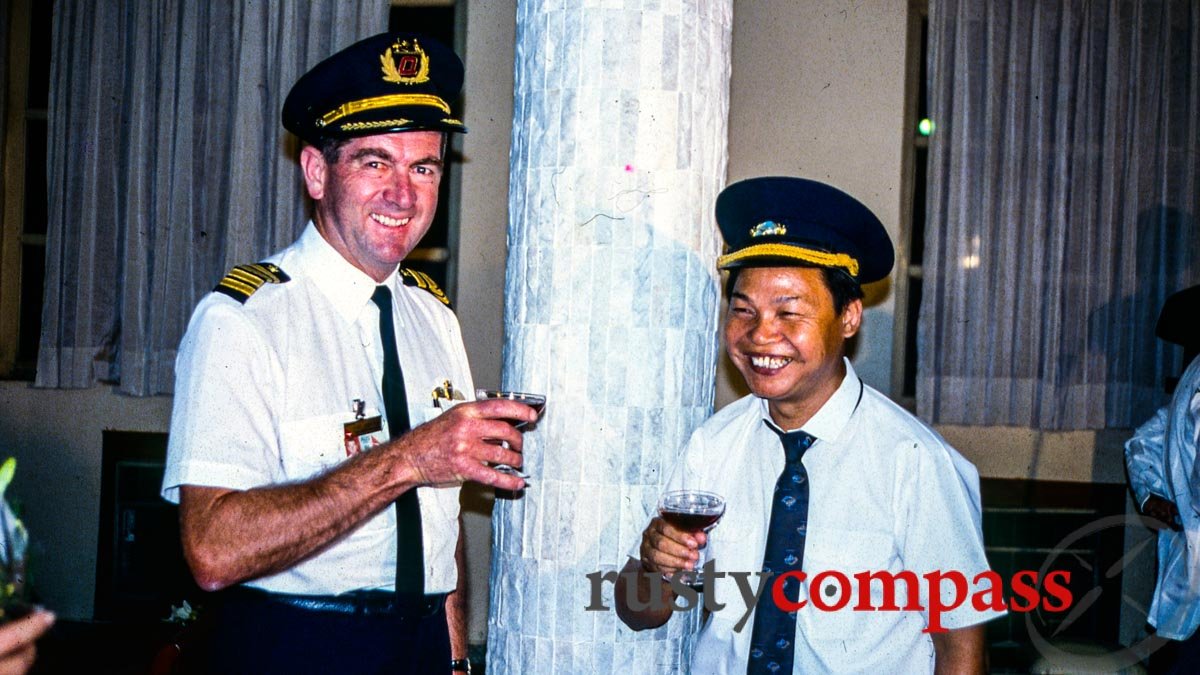 Welcome drink for the Qantas captain and a Vietnamese counterpart.