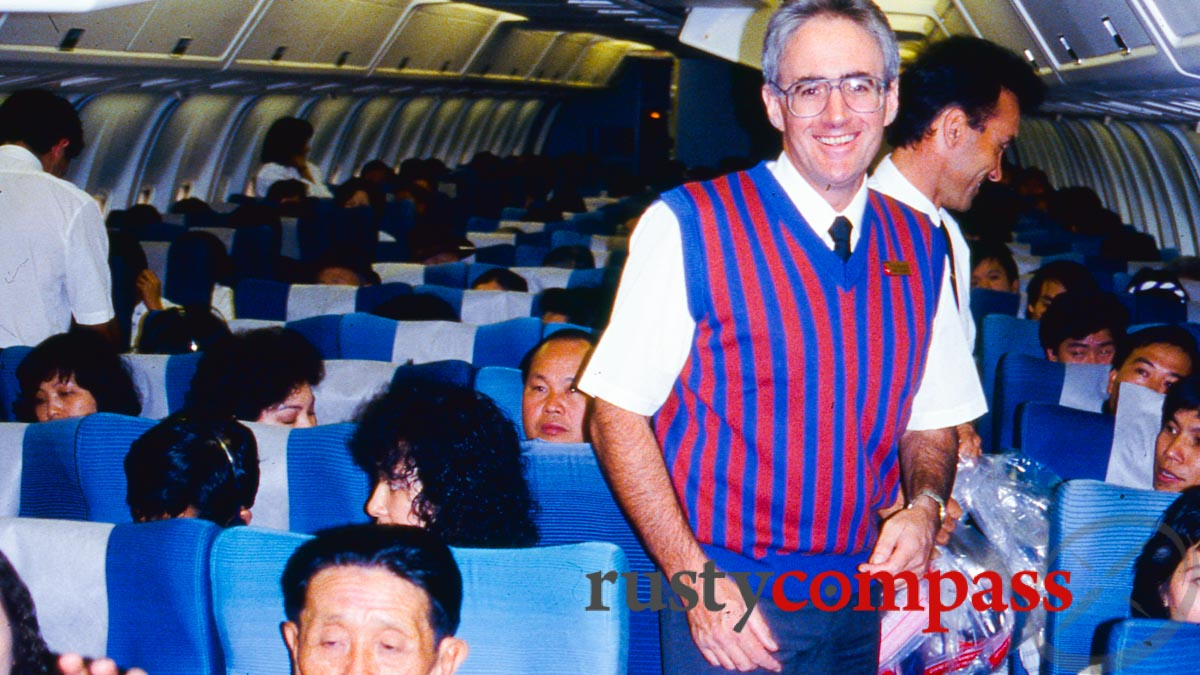 The first post-war Qantas flight between Australia and Vietnam - December 1990