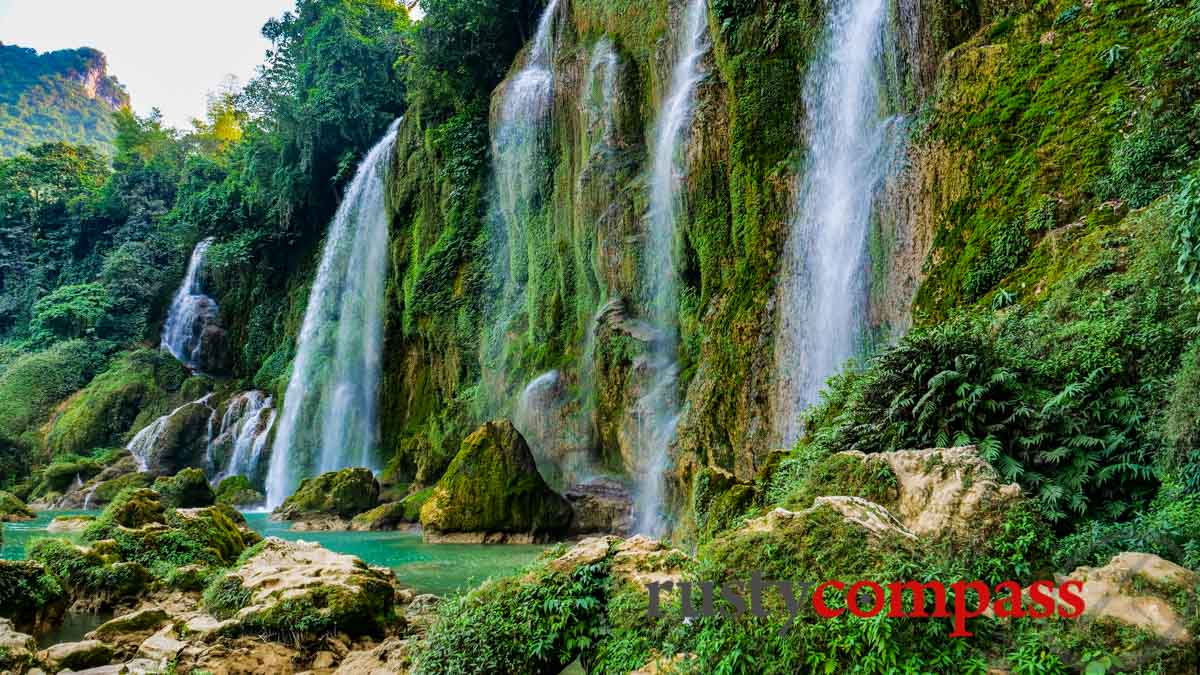 Ban Gioc Waterfall before the rains