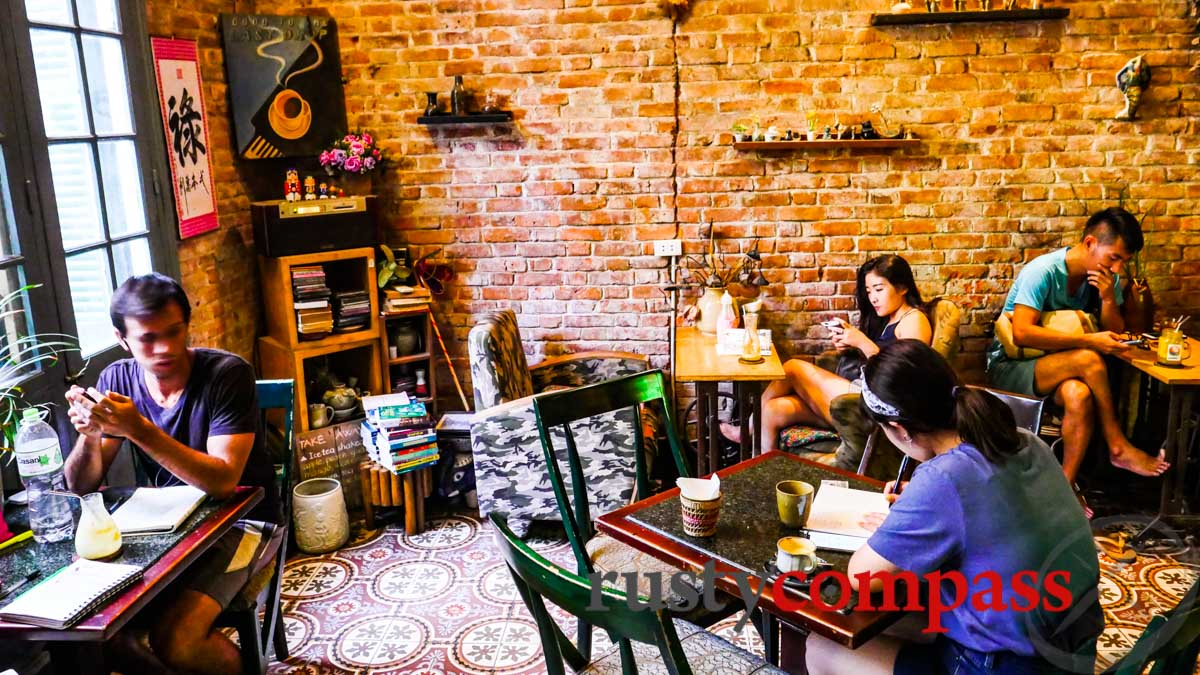 Loading T  Coffee Hanoi