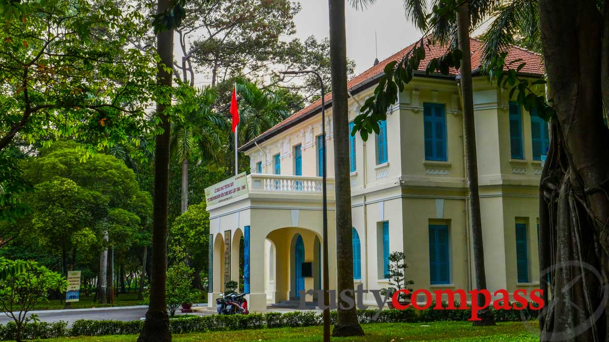 Norodom Palace to Independence Palace exhibition is loated in this building.