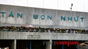Vietnam in the 1990s - Qantas returns to Saigon