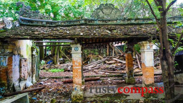 A small heritage tragedy in Hue