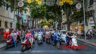 The streets of Saigon, then and now - the 90's and 2016