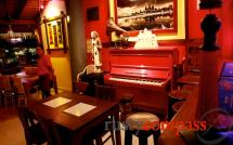 Red Piano Restaurant - Siem Reap