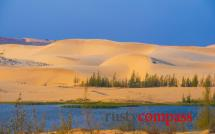 White sand dunes and Lotus Lake, Mui Ne
