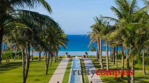 Cam Ranh Bay - the resorts