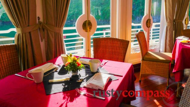Dining room, Au Co, Halong Bay