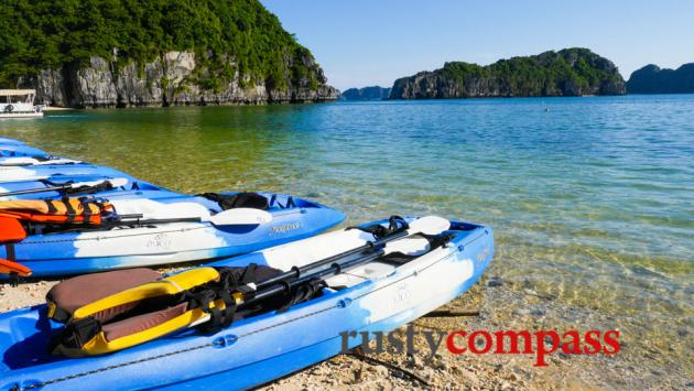Kayaking, Au Co, Halong Bay