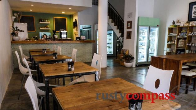 Backyard Cafe, Phnom Penh