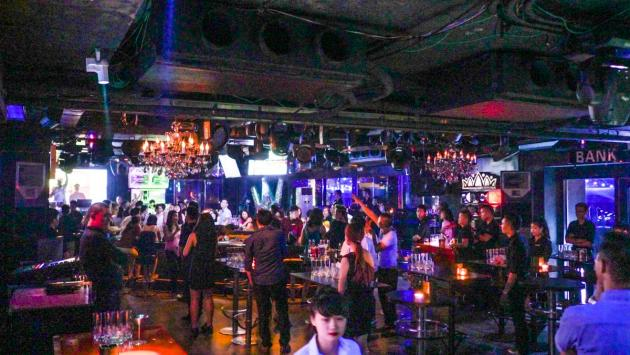 Bank nightclub, Hanoi