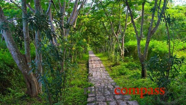 Lush grounds, Bao Dai Villas