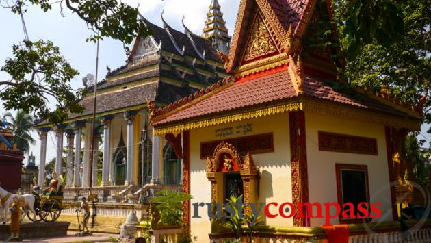 Temple, Battambang