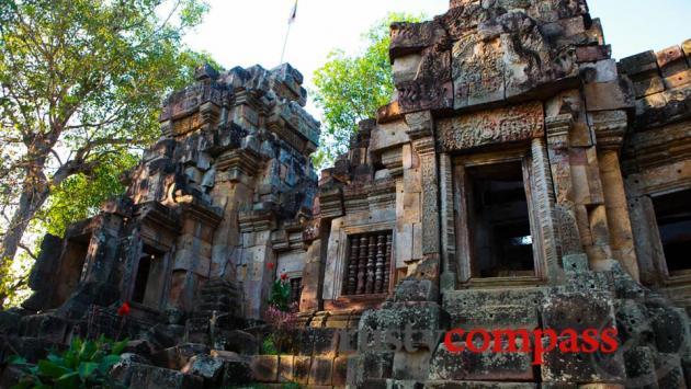 Ek Phnom, Battambang