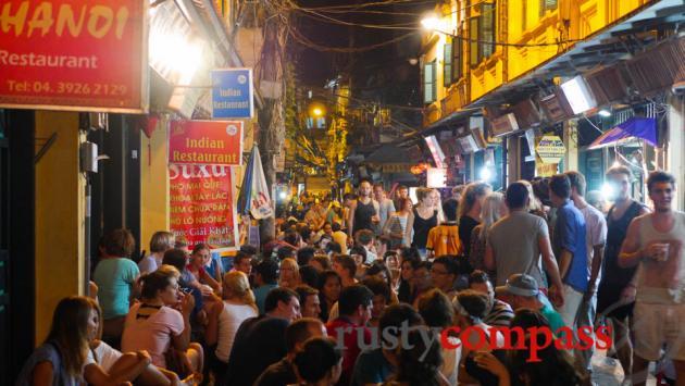 Ta Hien St, old quarter, Hanoi