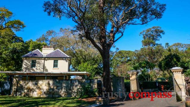 Macquarie's Wall 1812-1816 - Royal Botanical Gardens Sydney