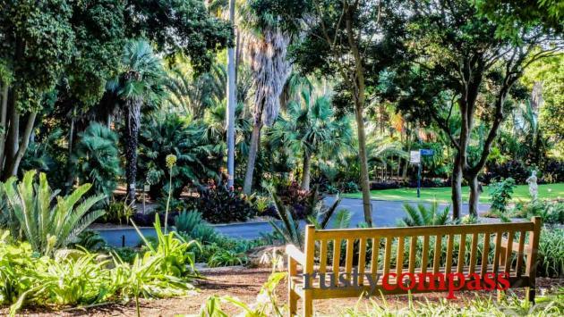 Pull up a seat. Royal Botanical Gardens Sydney