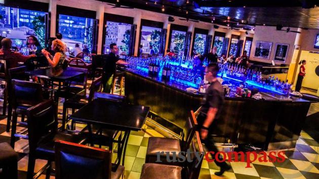 Saigon Saigon bar, Caravelle Saigon
