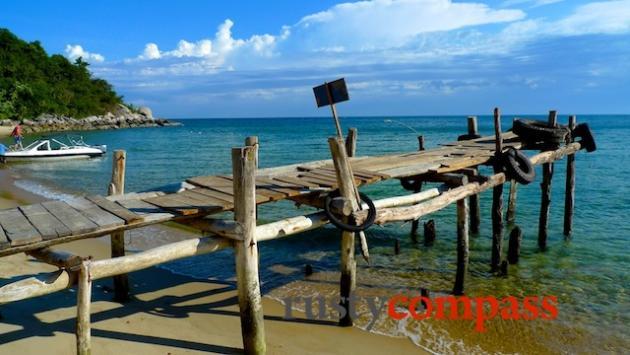 Stunning beach at Cham Island, off Hoi An