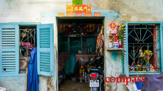 Down an alley - Cholon