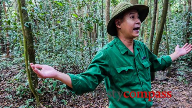 Guide at Cu Chi