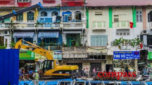 Saigon's centre during Metro construction. This is Le Loi St.