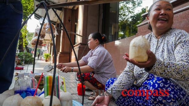 Coconut seller, Dong Khoi St