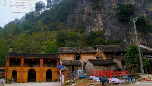Original houses, Dong Van