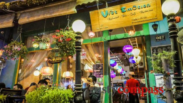 Typical tourist eatery, Sapa