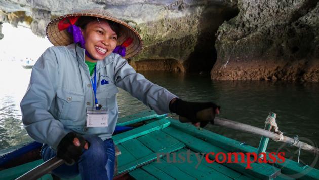 Boat girl - Halong Bay'