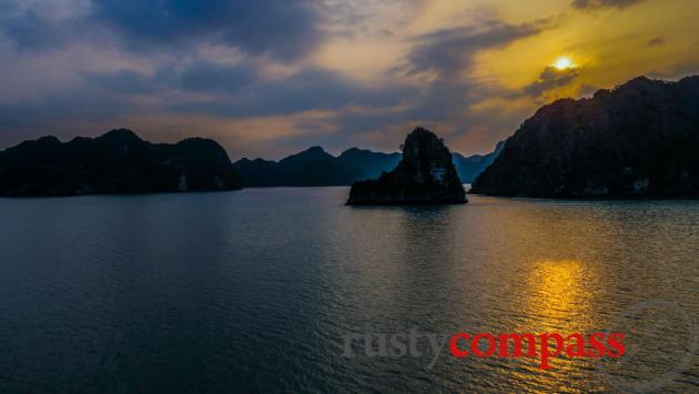 Sunset on Halong Bay