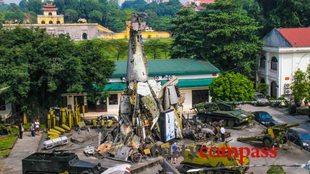 US B52 wrecakge. Miltary History Museum,Hanoi