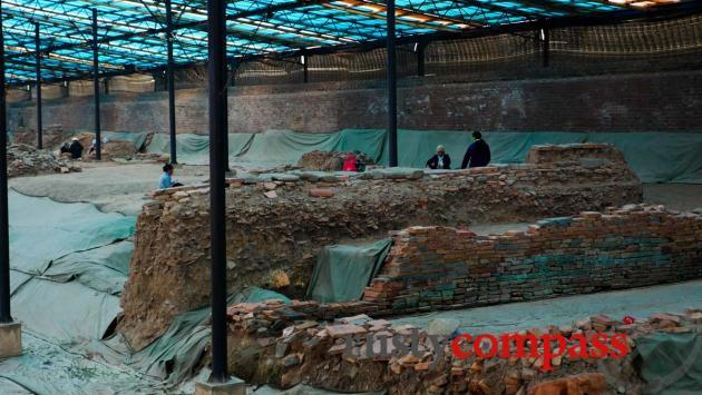 Architectural dig, Hanoi Citadel