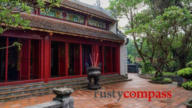 Ngoc Son Temple - Hoan Kiem Lake, Hanoi