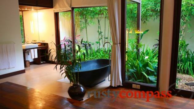 Heritage Suites, Suite room, Siem Reap