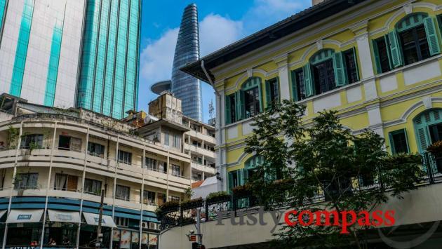 Colonialism, modernism and blingism - Saigon architecture