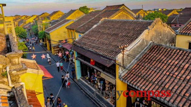 Hoi An's old streets