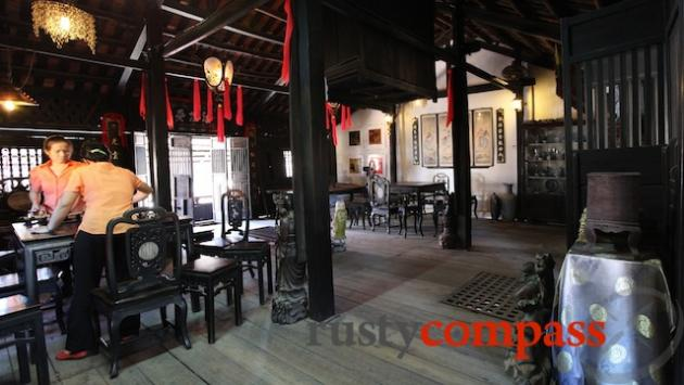 Spacious Phung Hung old house, Hoi An