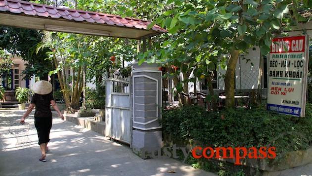 Huong Cau Restaurant, Hue