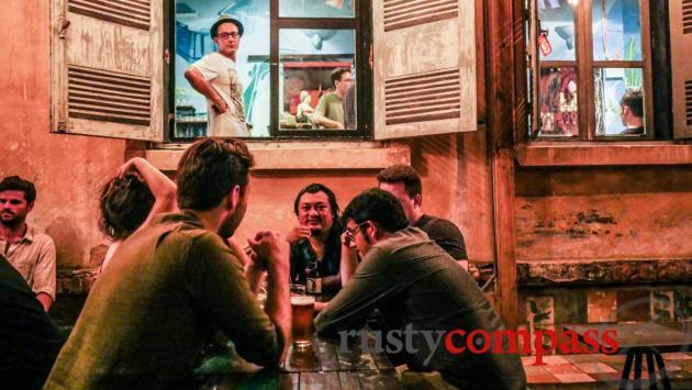 Indika, Saigon