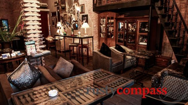 La fenetre soleil saigon review by rusty compass for Protection soleil fenetre