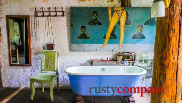 Stay in a Hanoi artist's studio?