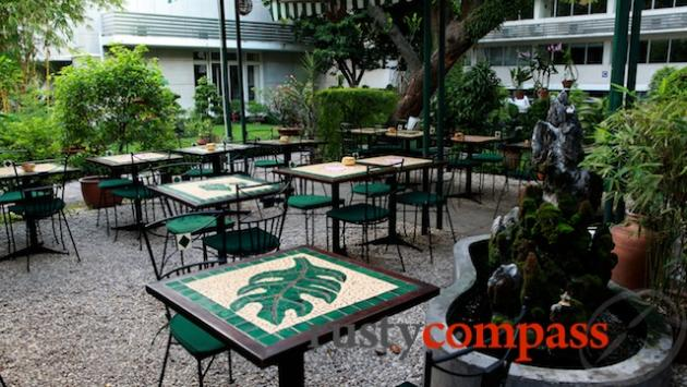 Le jardin french bistro saigon review by rusty compass for Le jardin 31 thai van lung
