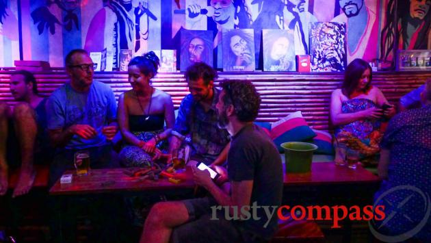 Soul Train Reggae Bar - Little Pub St