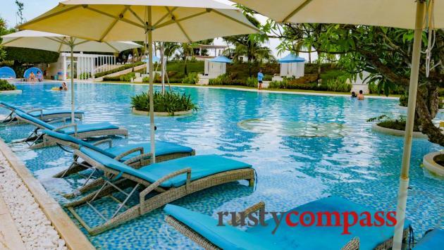 Alma Oasis Resort, Long Hai